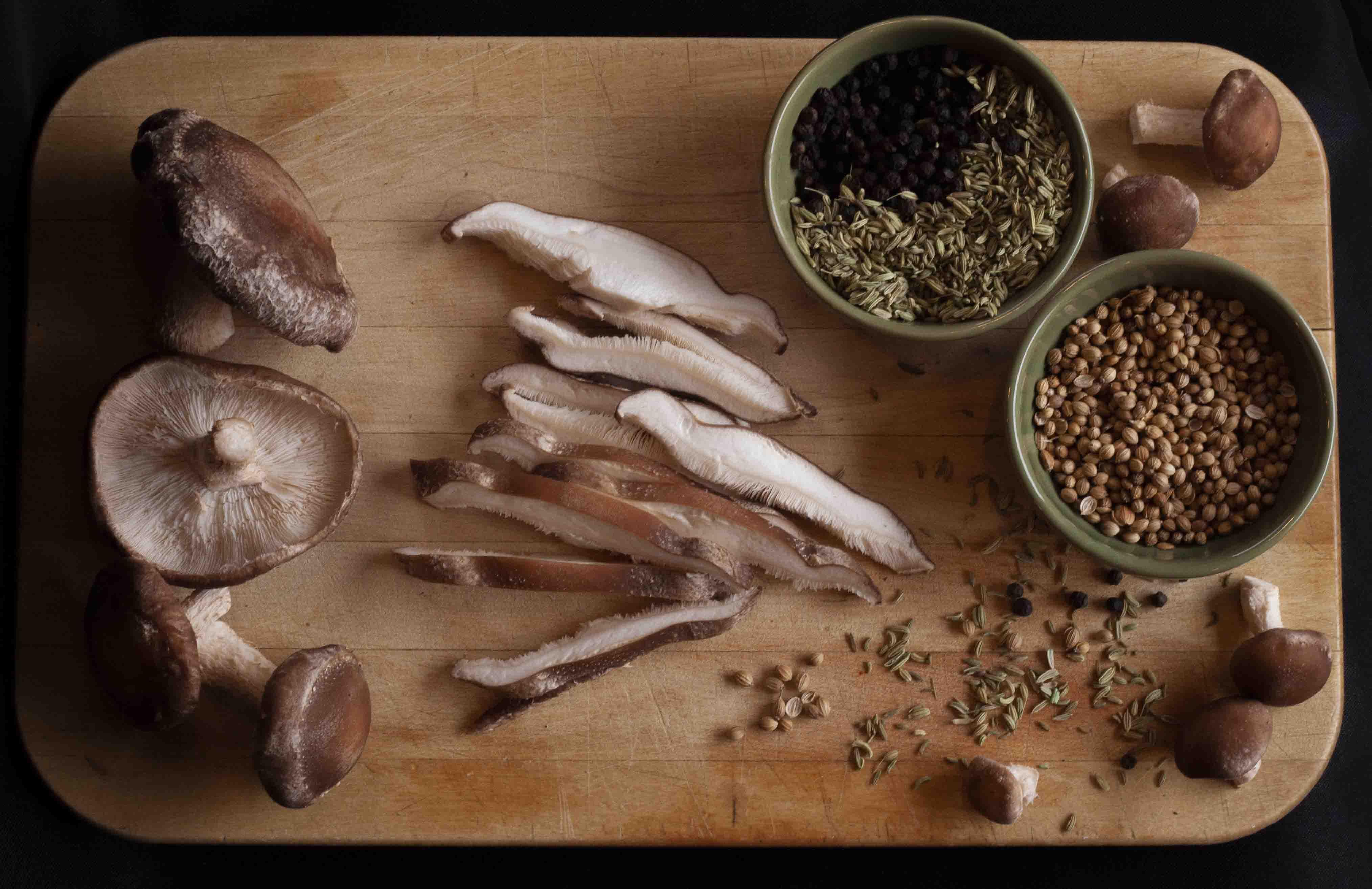 how to prepare top hat shiitake mushrooms organic shiitake mushrooms how to prepare recipes cooking shiitake dinner